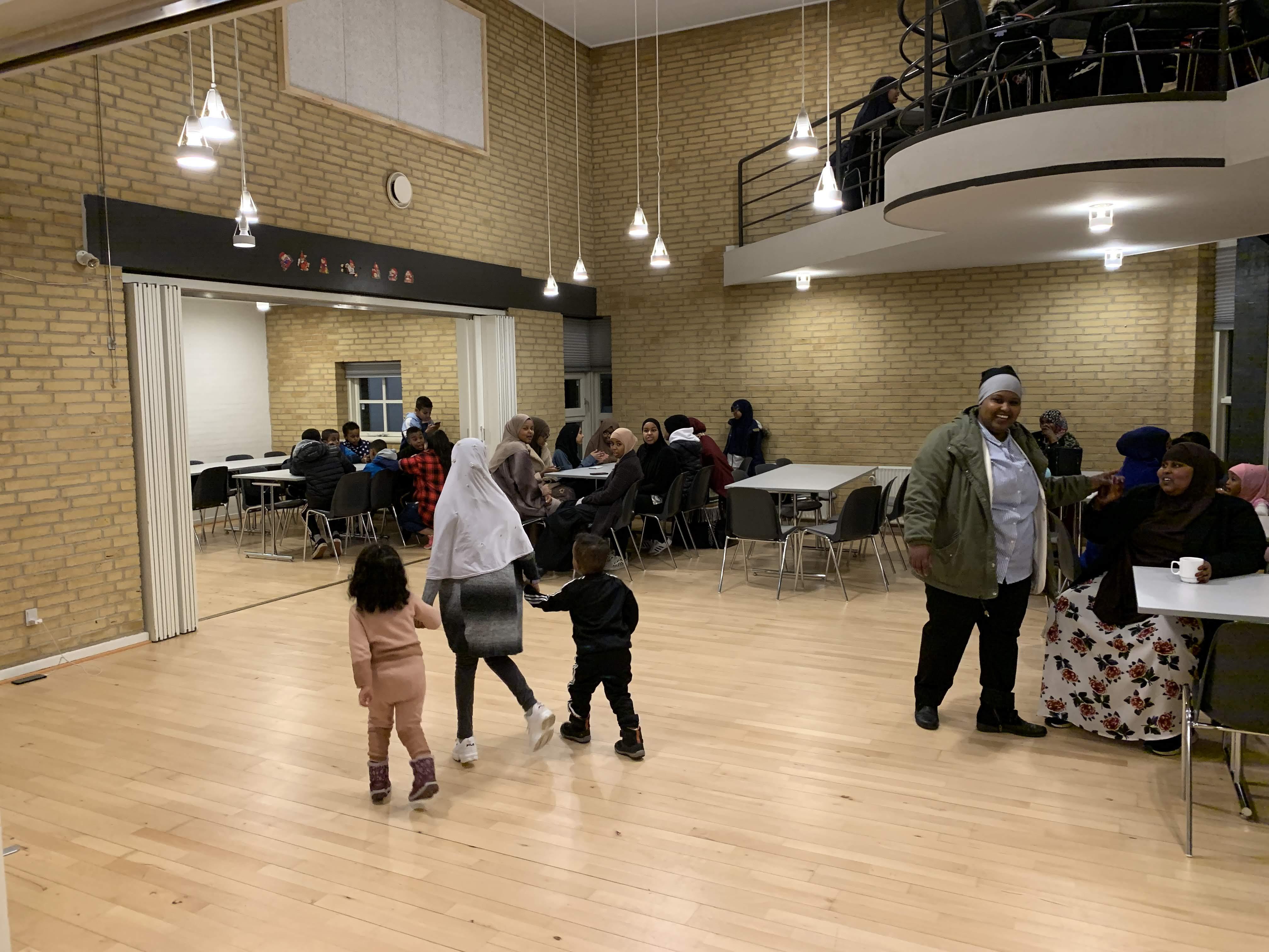 fællesspisning-den-28-12-2019-i-beboerhuset-på-Ellekonebakken-008