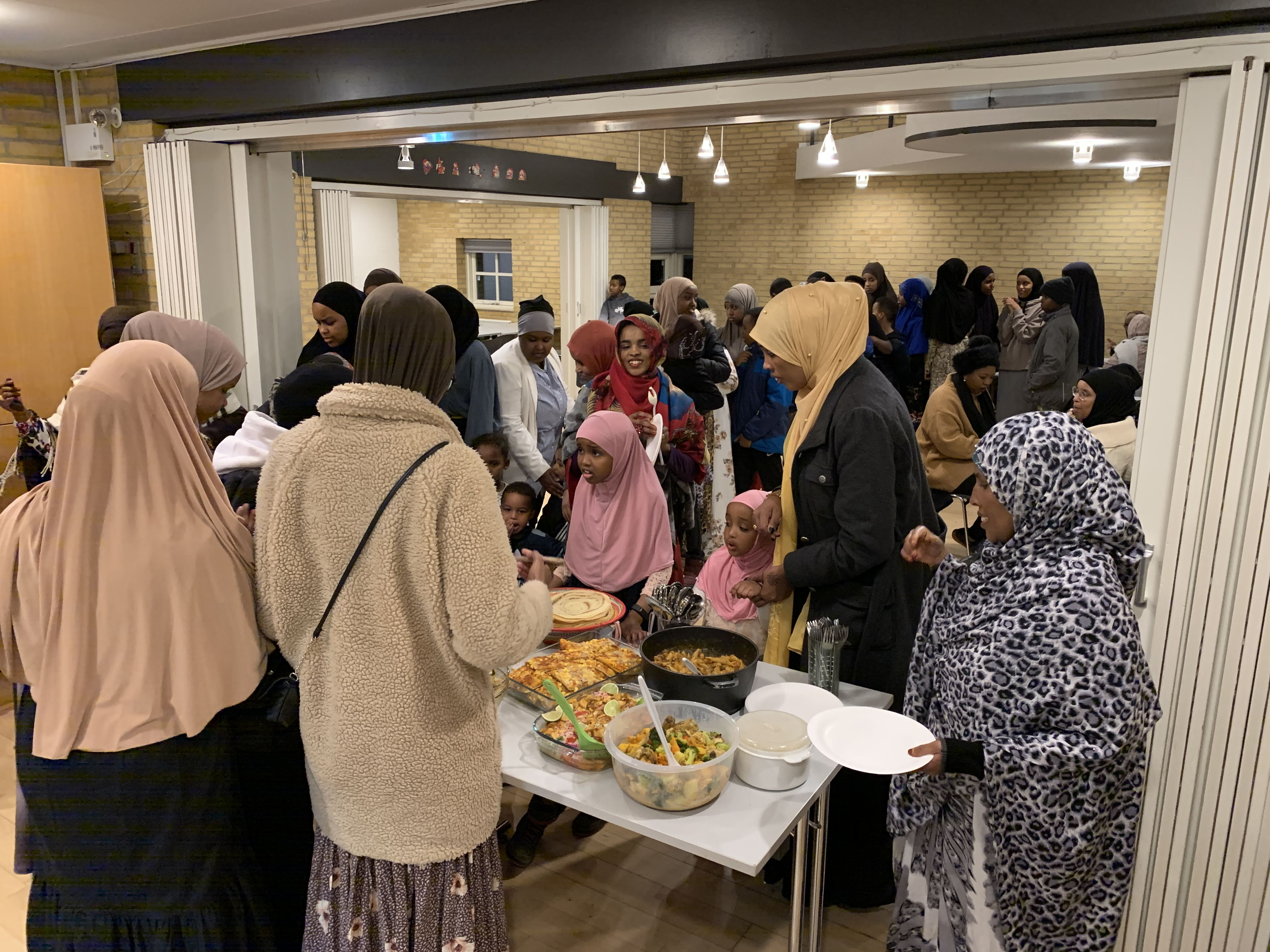fællesspisning-den-28-12-2019-i-beboerhuset-på-Ellekonebakken-025