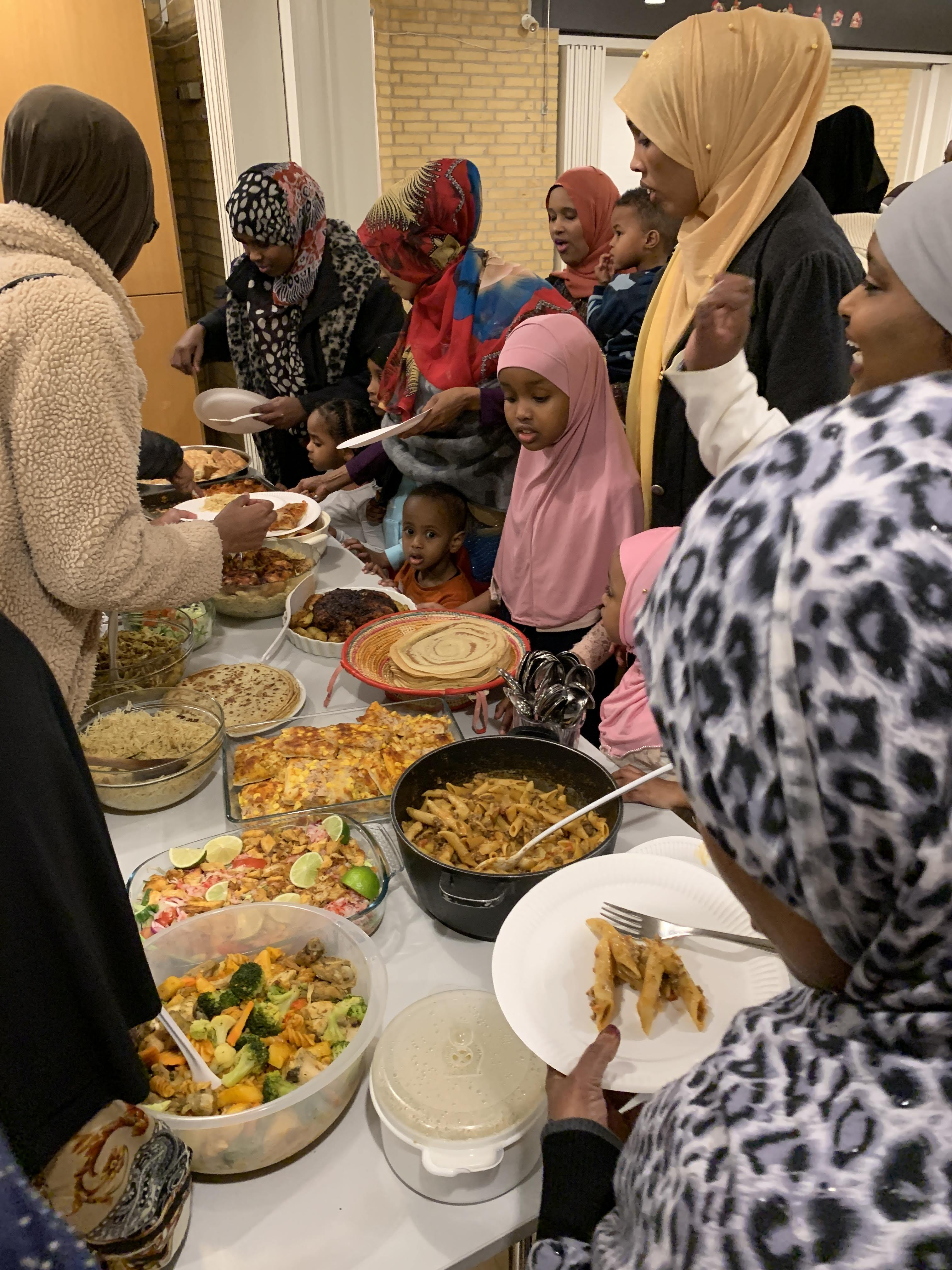 fællesspisning-den-28-12-2019-i-beboerhuset-på-Ellekonebakken-026