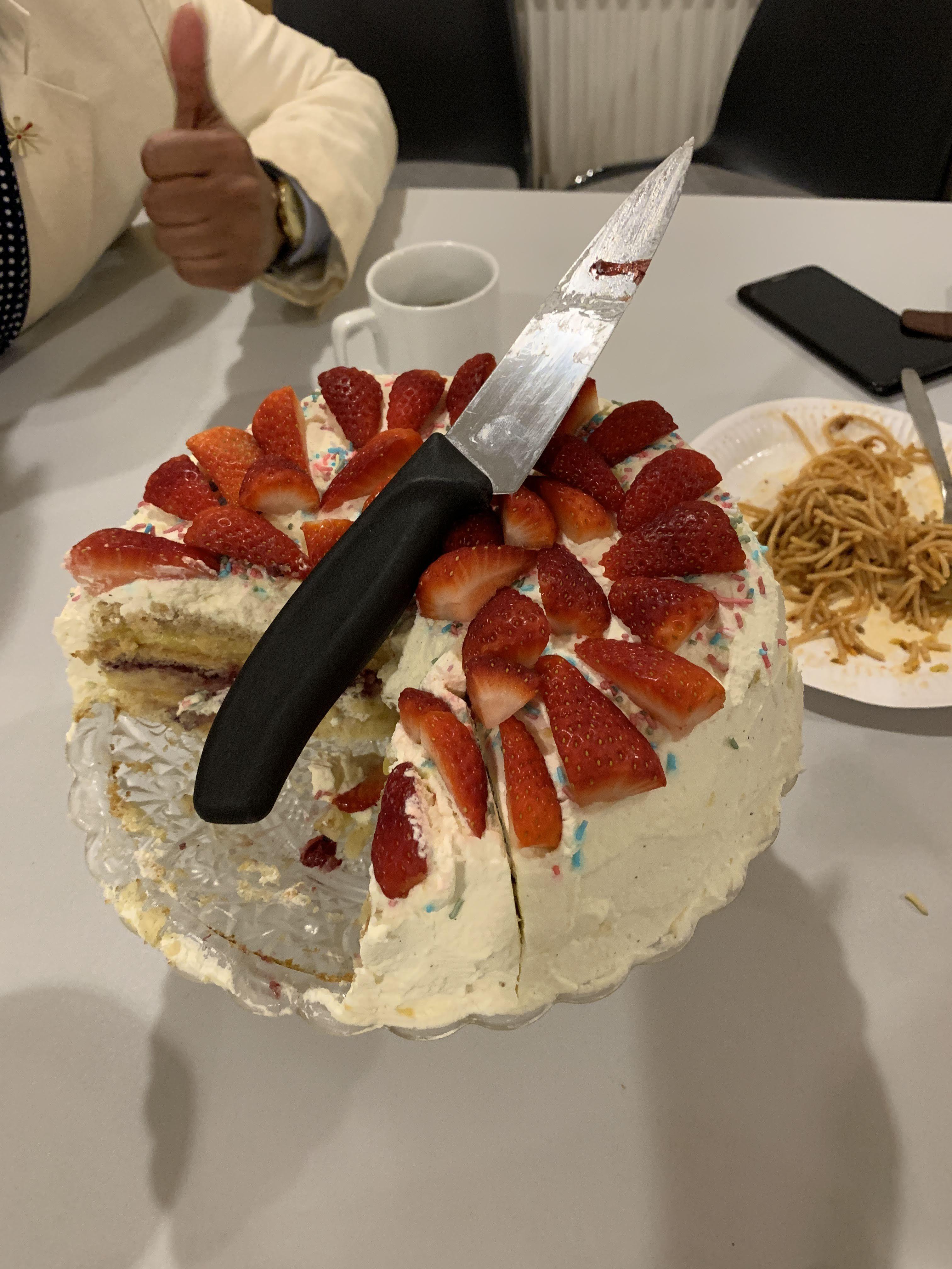 fællesspisning-den-28-12-2019-i-beboerhuset-på-Ellekonebakken-030
